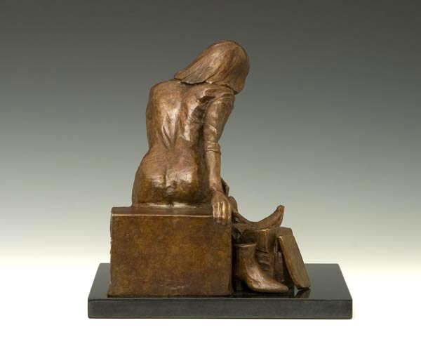 Thrill of the Hunt bronze sculpture by Gregory Reade